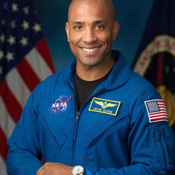 Victor Glover shares video of Earth from space