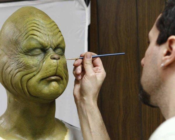 Oscar Award for Best Movie Makeup
