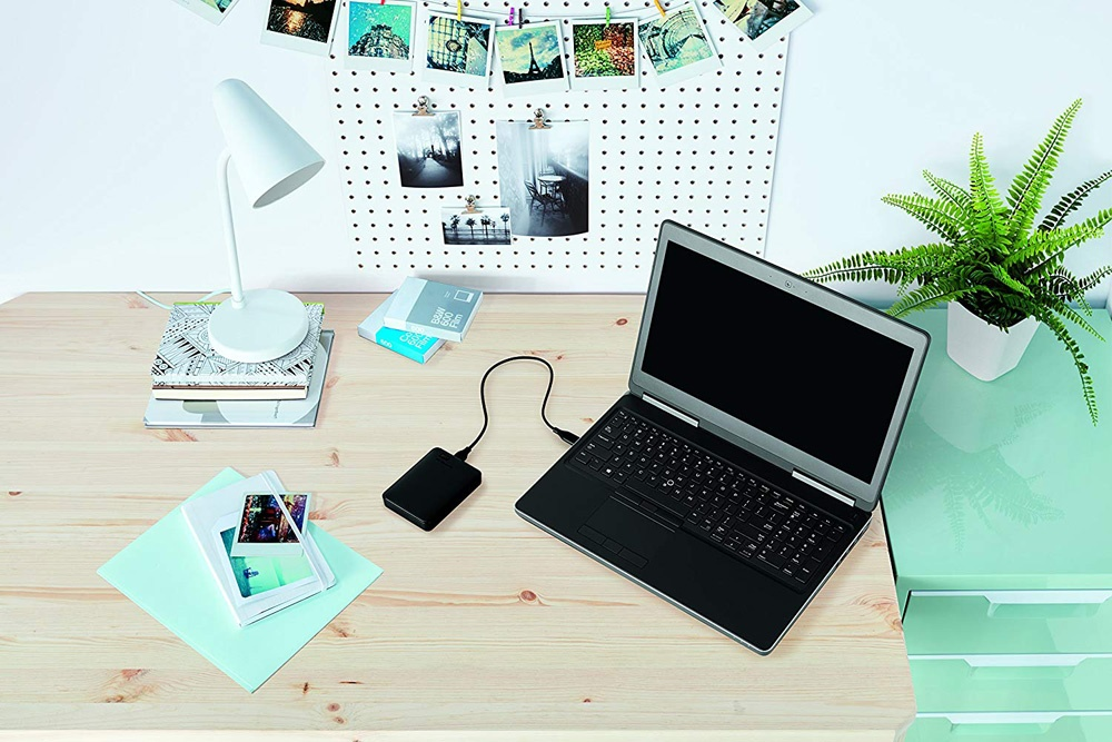 Using the WD Elements External Drive