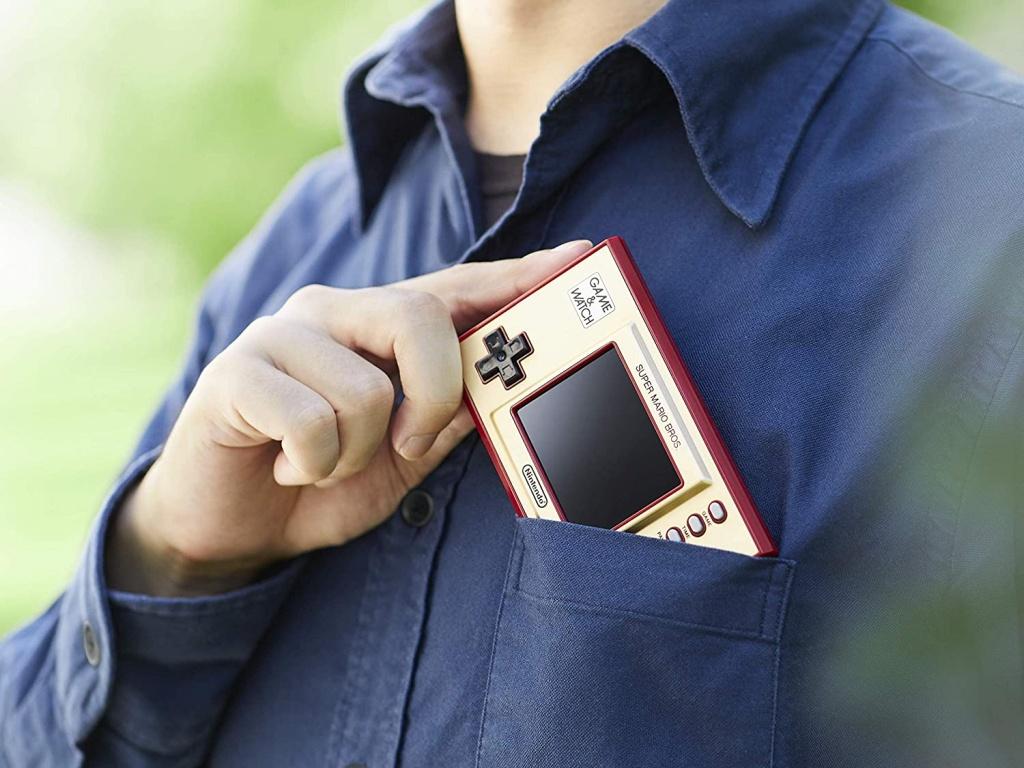 Retro Game & Watch console: Super Mario Bros