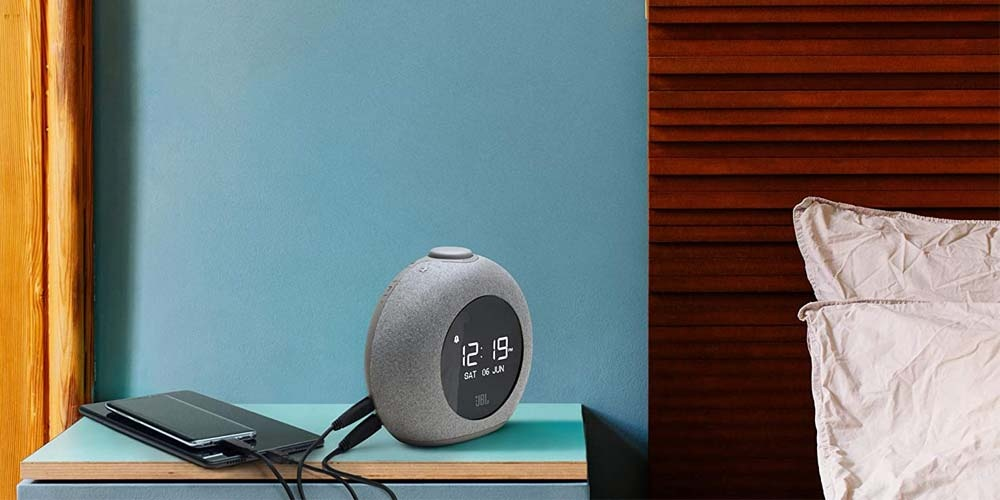 Using Bluetooth speakers on a table