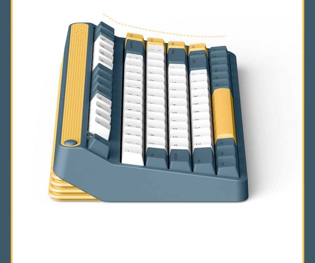 Xiaomi IQUNIX A80 keyboard side