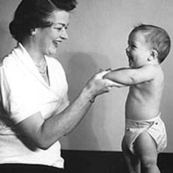 Marion Donovan disposable diapers technological inventions women